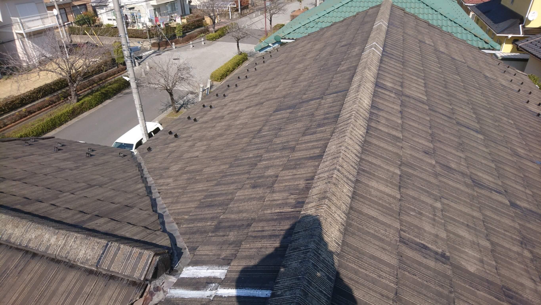 施行中の屋根
